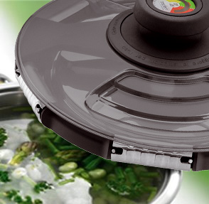 Syncro-Clik pressure cooking is fat-free cooking, as food is cooked in a steam atmosphere, so fats can be cooked out and drained away.